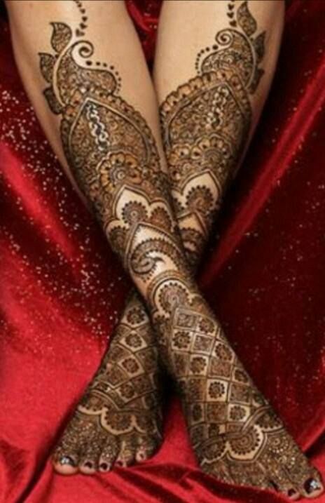 Bridal Mehandi Designs for Legs 4
