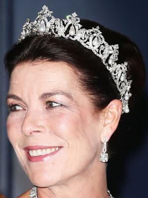 princess caroline monaco cartier pearl drop tiara
