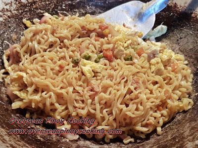 Pansit Canton with Tuna and Egg - Cooking Procedure