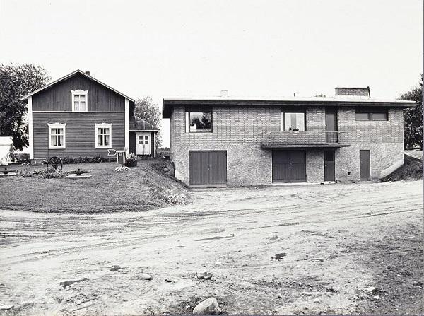 """2 - Kaius Hedenström, """"sarjasta Maaseutumme tänään"""", 1977."""