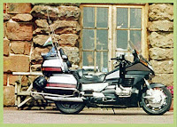 Image of a Gold Wing Motorbike 1998