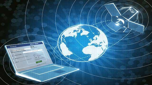 قد يكون لدى فيسبوك خطط سرية لبناء أقمار صناعية بالليزر للإتصالات العالمية