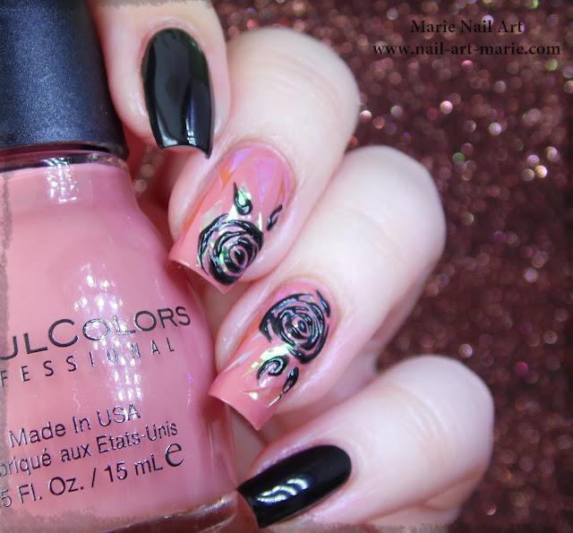 nail art roses noires en gel et glass nails5