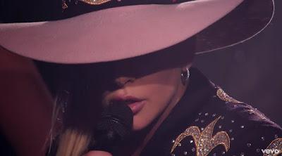 Million Reasons ( Lady Gaga Dive Bar Tour - Nashville/2016)