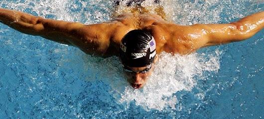 Ingin turunkan berat badan dengan berenang? Ikuti 6 tips ini!