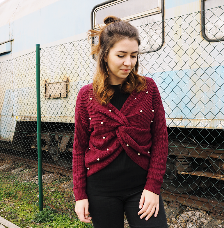 V Neck Twist Pearly Sweater - Wine Red Zaful.com