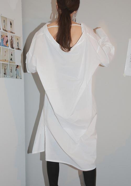 Low-Cut Back Strap Accent Long Shirt
