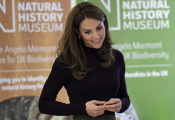 Kate Middleton wore a new high neck jumper by Warehouse and a new khaki culottes by Jigsaw. Chanel bag, Tod's shoes