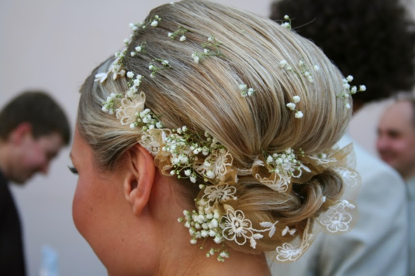 Brides Wedding Hairstyles: Latest Easy Cute Bridal Hairstyles Trend 2015