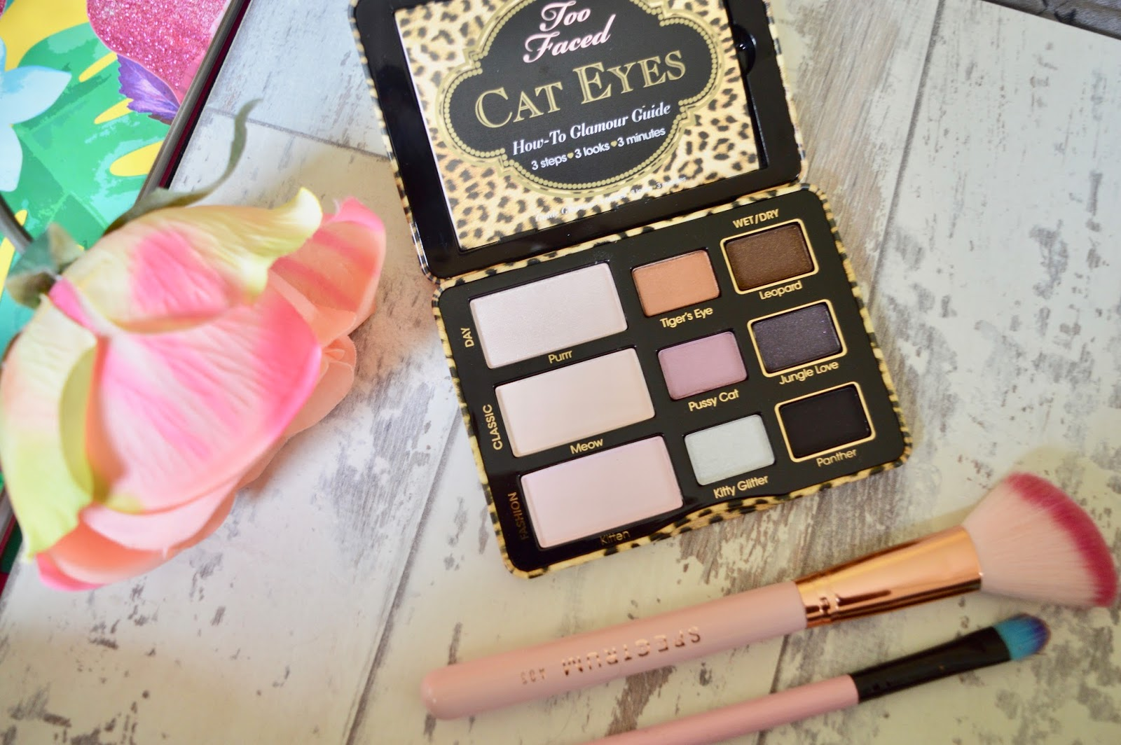 too faced cat eyes palette review