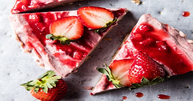 Strawberry Ripple Almond Cheesecake Recipe