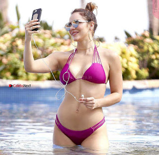 Katharine-McPhee-310+%7E+SexyCelebs.in+Exclusive.jpg