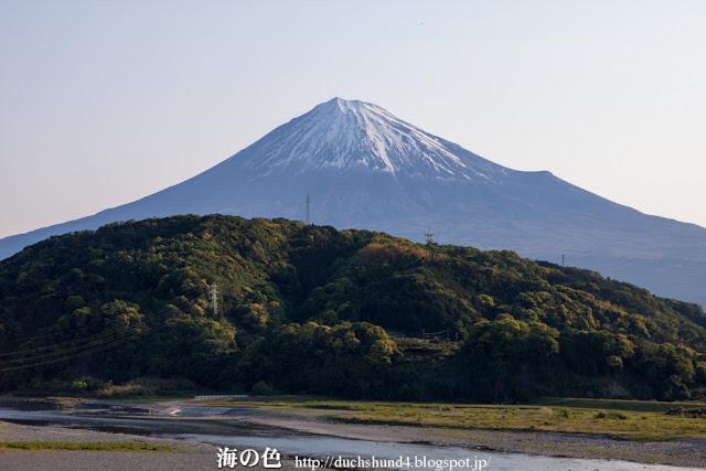 写真:富士川SAからの富士山