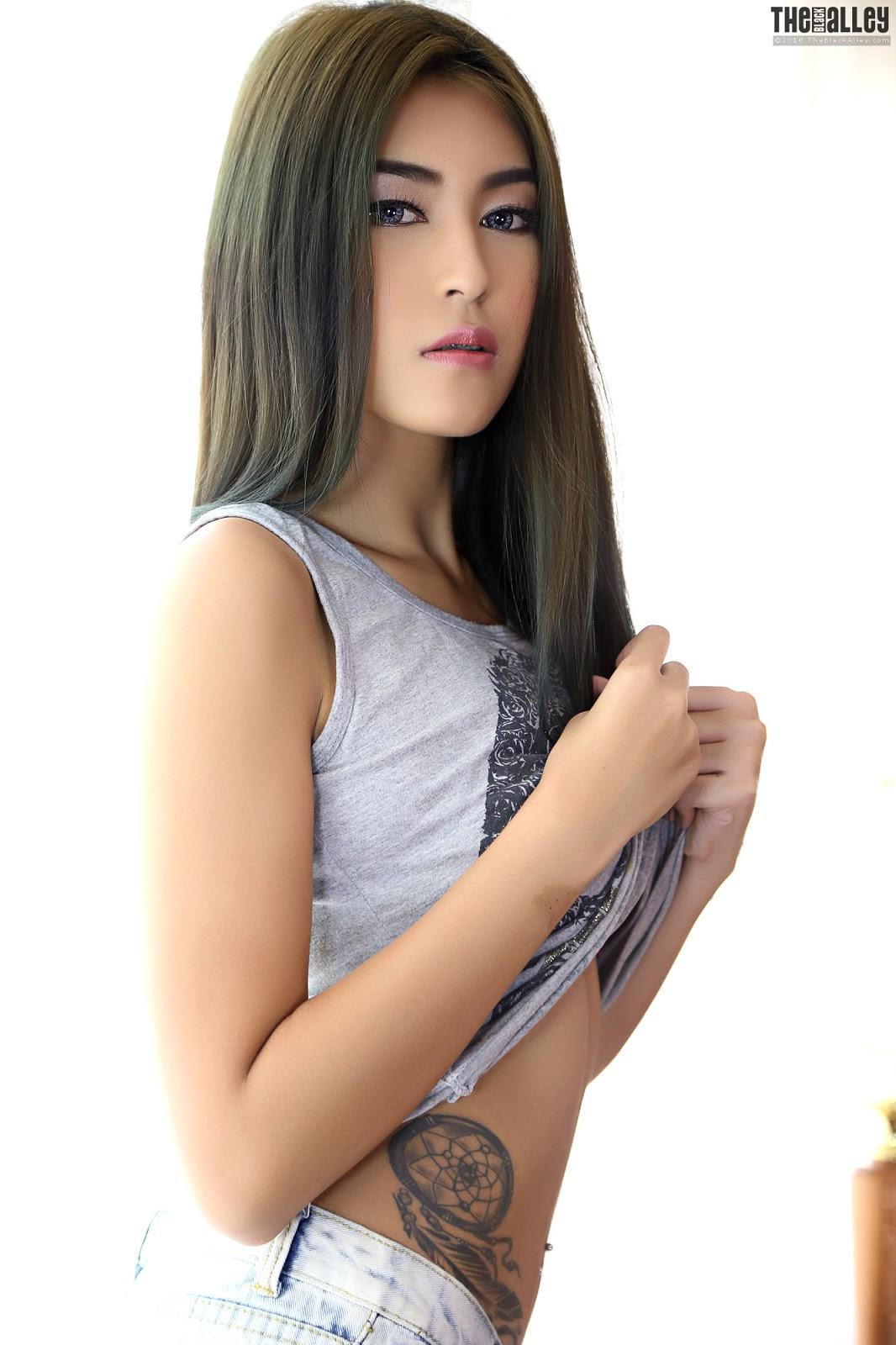 indonesian nude sex