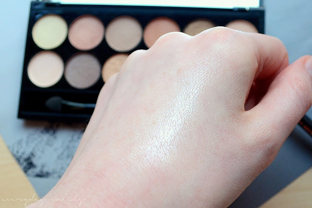 Sleek eyeshadow palette in A New Day believer swatch