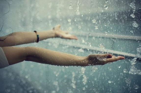 Kata Mutiara Tentang Hujan Quotemutiara