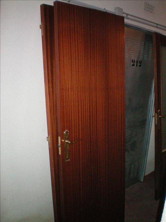 Renovacion puertas sapelly  Renueva Tu Casa Sin Obras