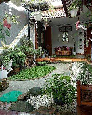 taman mini depan rumah