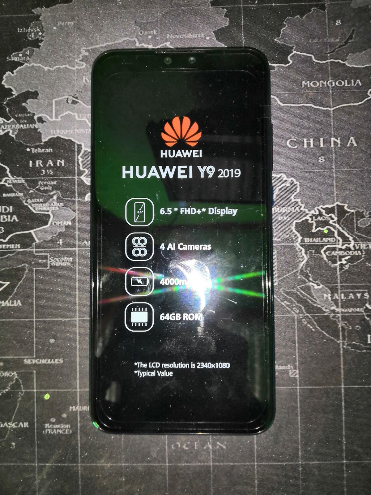 Huawei Y9 2019 Unboxing, First Impressions