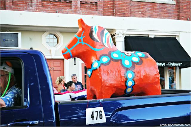Caballo de Troya de los Vikingos en el Desfile del 4 de Julio en Rockport