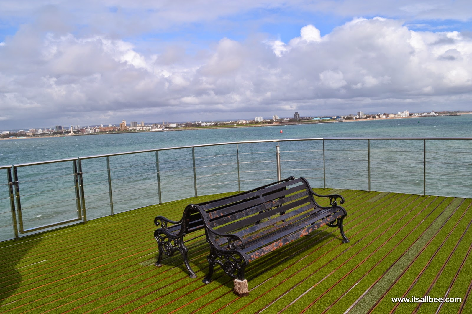 Spitbank Fort Hotel | Sunday Lunch In the Middle of the Sea