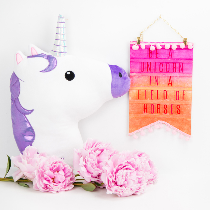Easy DIY Unicorn Letterboard by @createoften