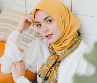 Vebby Palwinta pemeran Sarah di Kun Anta 2