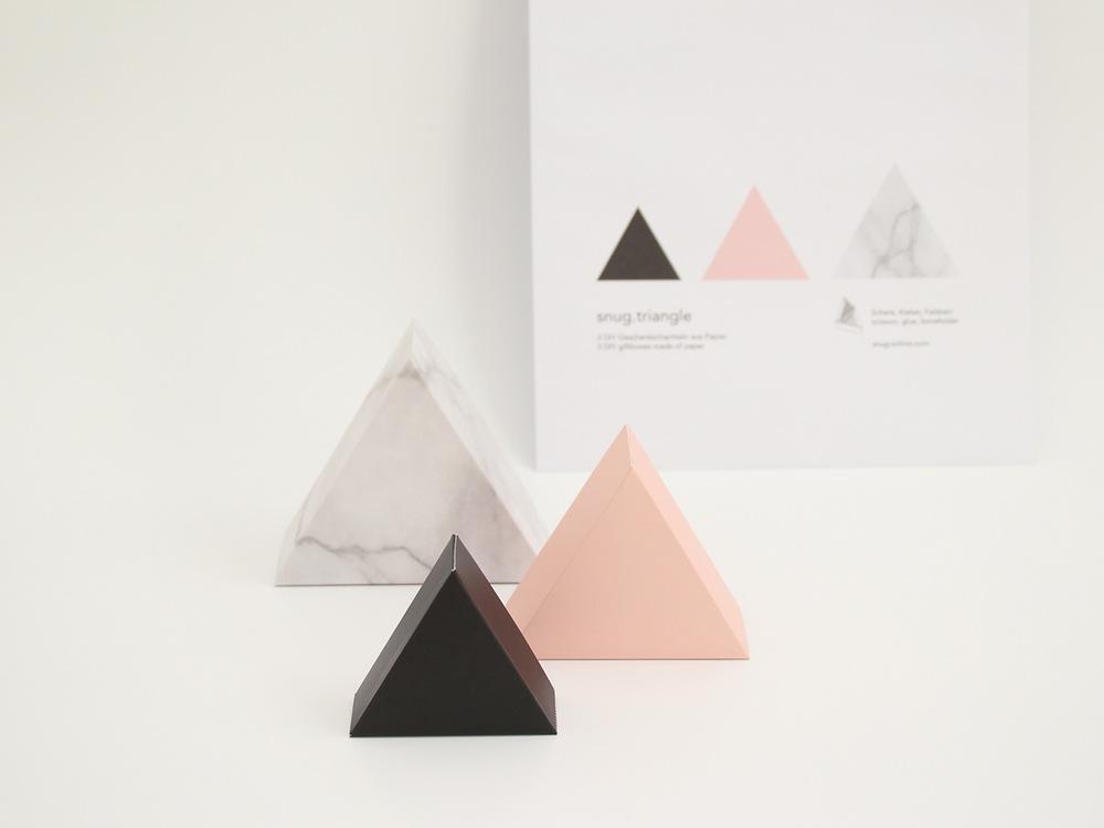 trójkątne pudełka