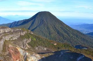Gunung Gede - Mendaki via Cibodas