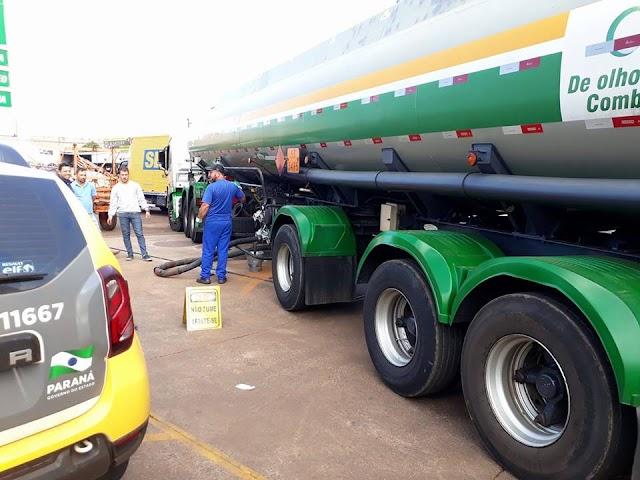 Chega o primeiro caminhão de combustível em Roncador