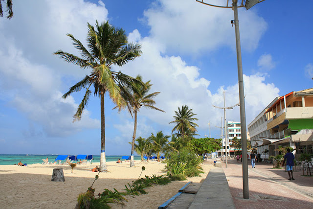 Como ir do aeroporto de San Andrés até o centro turístico