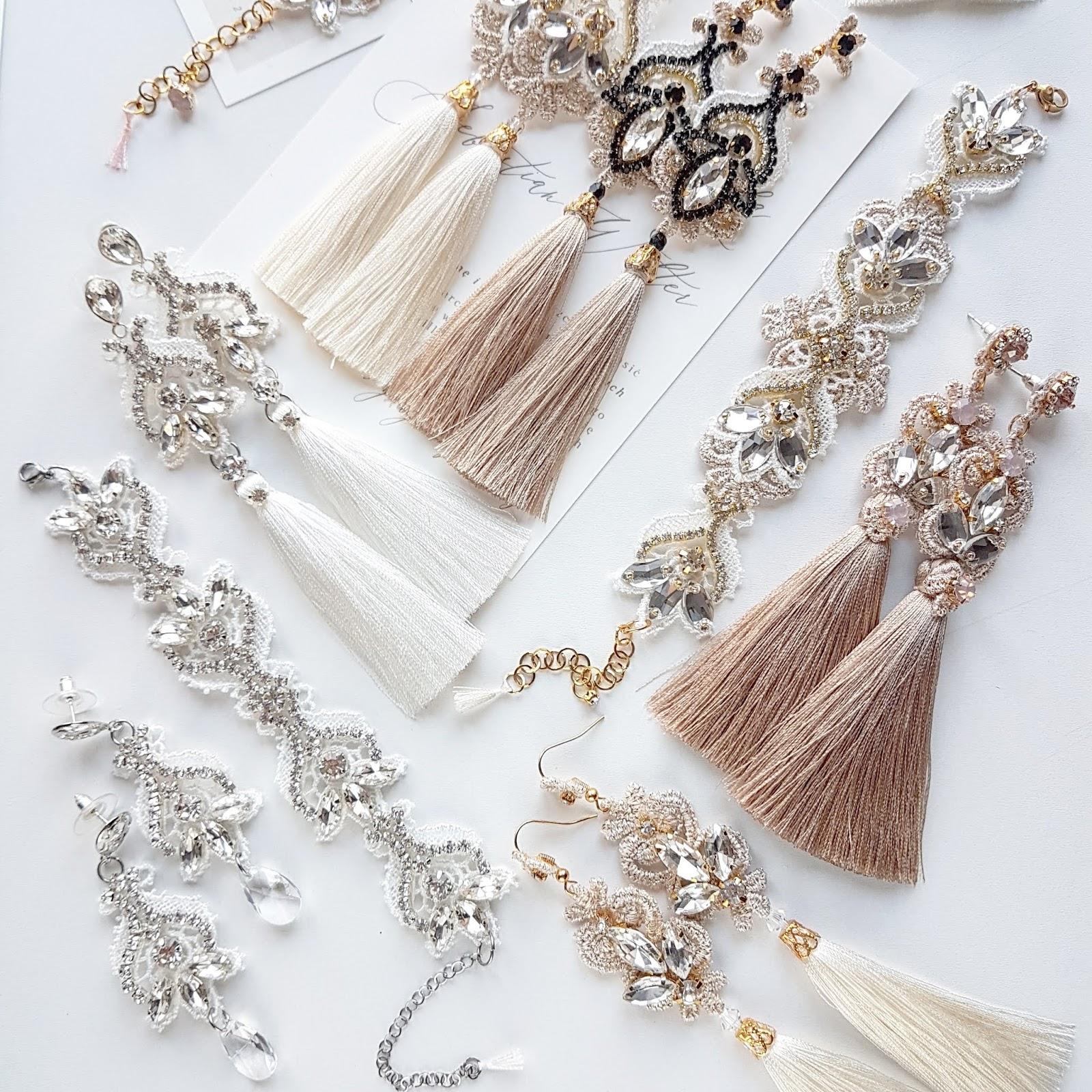 Biżuteria ślubna dopasowana do sukni.