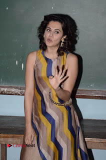 Actress Tapsee Panu Stills at Remonetise India Campaign in Chetna College Bandra West  0010.jpg