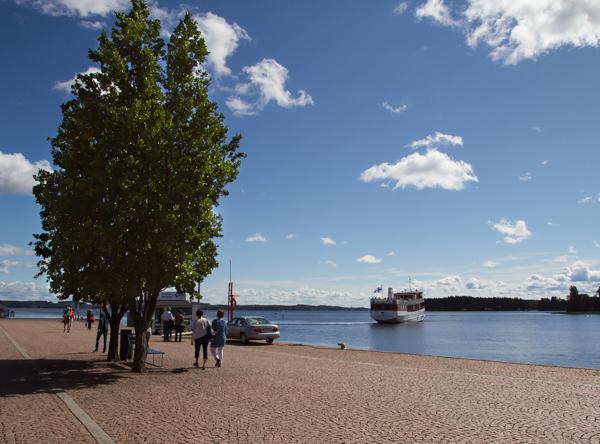 Kuopion satama järviristeilijä laiva