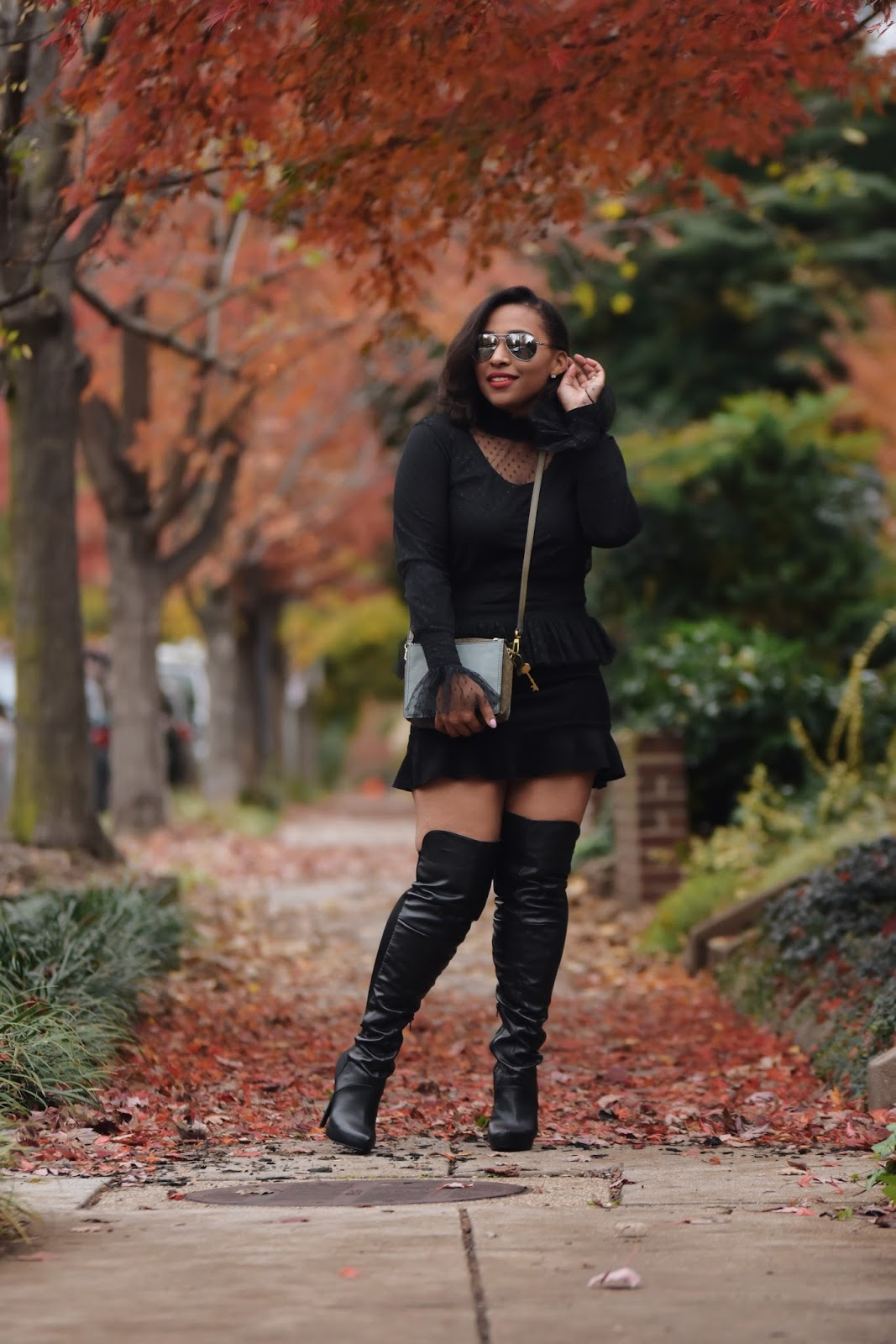 All black look, over the knee boots, otk boots, thankful, thanksgiving, rainbow shops, forever21, dominican blogger, latina blogger, fossil purses, fall foilage