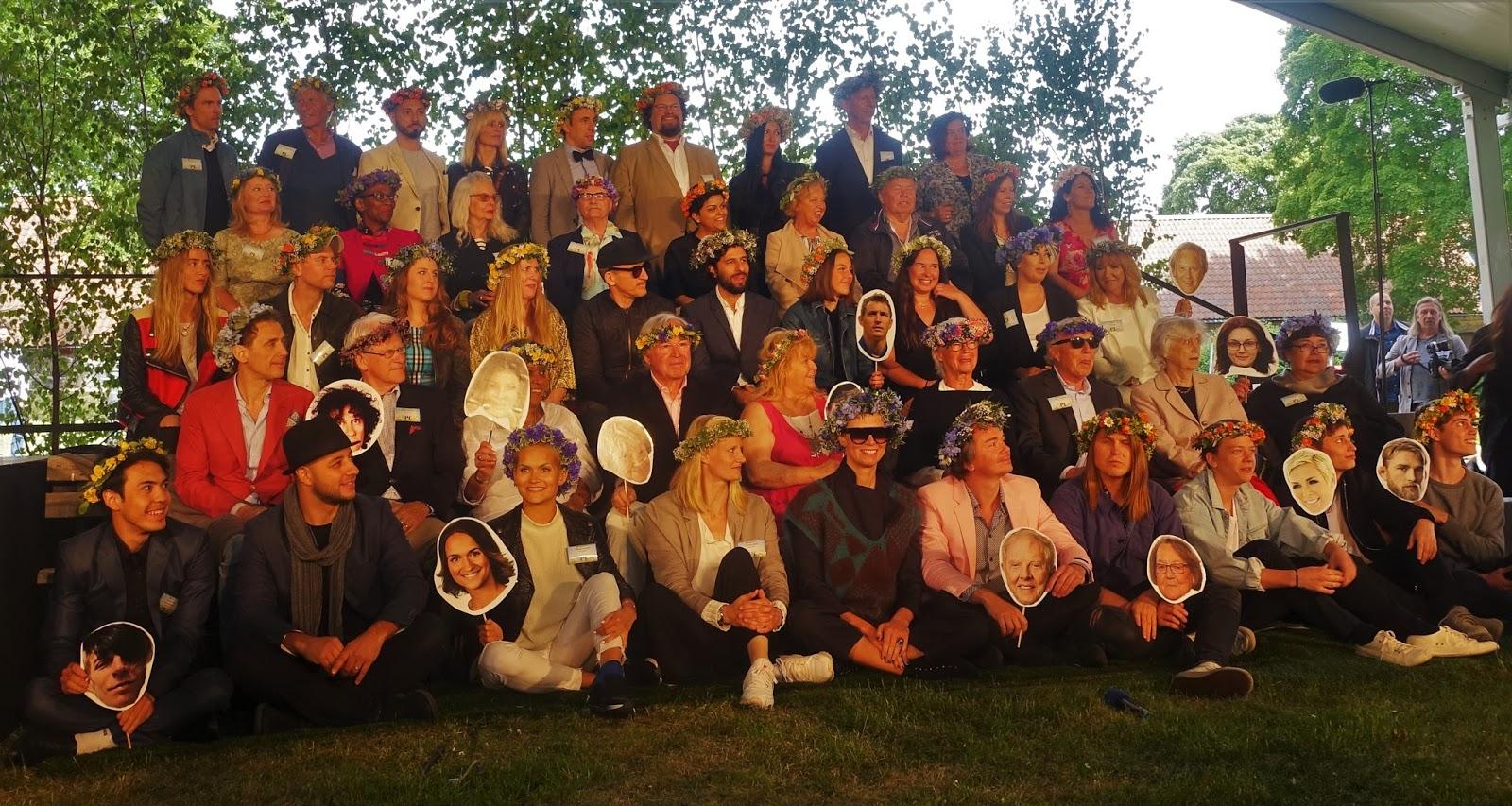0faf3268b81b Så presenterades de då, en och en, sisådär 60 stycken personligheter som  fått äran att prata inför Svenska folket i sommar. De flesta kände man igen  och ...