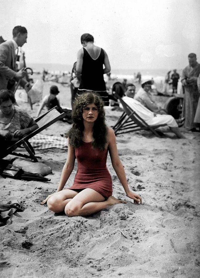 Hình ảnh phụ nữ ngày xưa và ngày nay_2