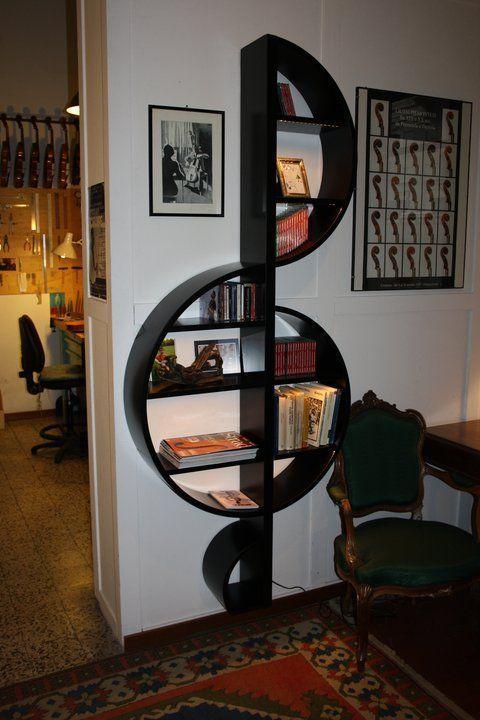 Treble Sign Wall Decor Book Shelf - Image: Pinterest Community
