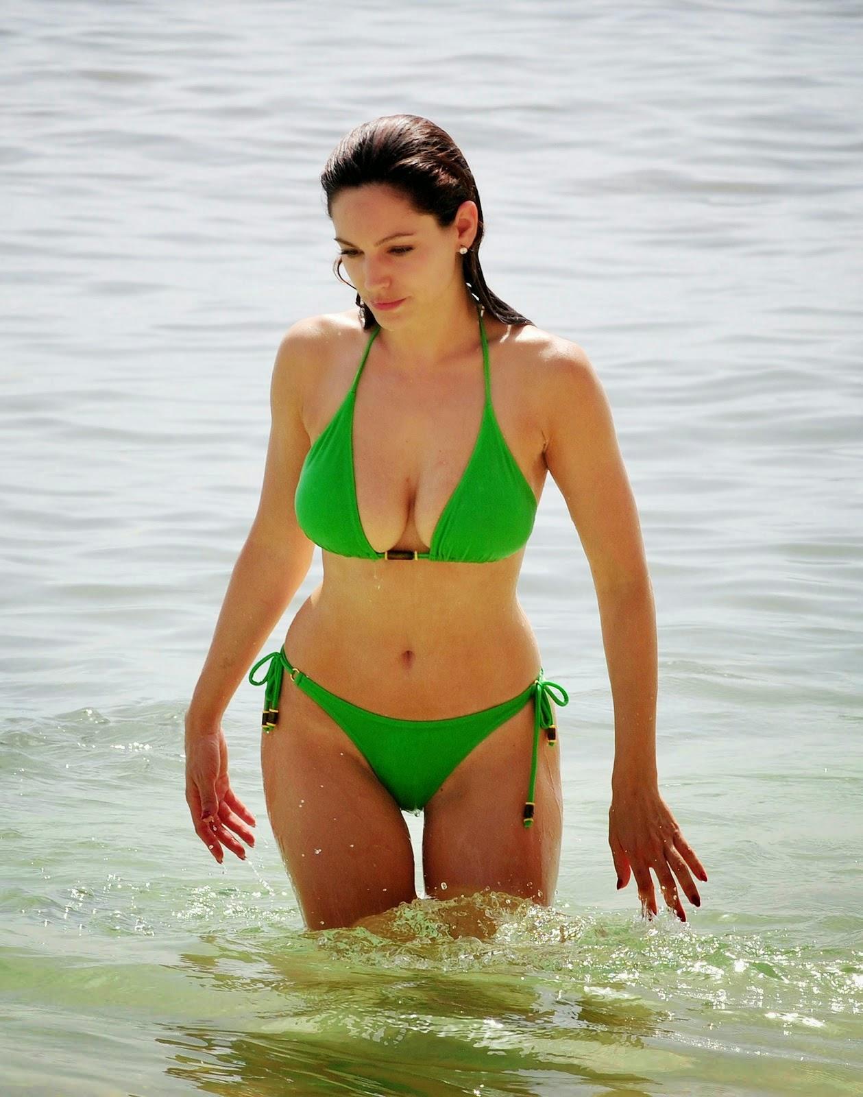 celebrity unseen bikini images