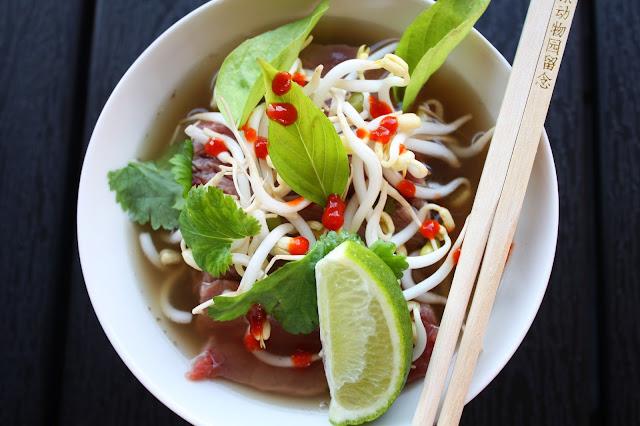 pho-keitto pho soup vietnamilainen vietnam aasia keitto mallaspulla