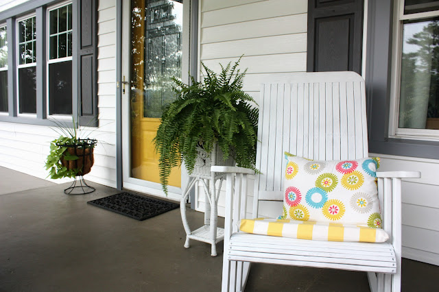 Sunny and Colorful Front Porch Tour