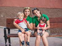 Marina con la mami, Hugo y la tía Laura