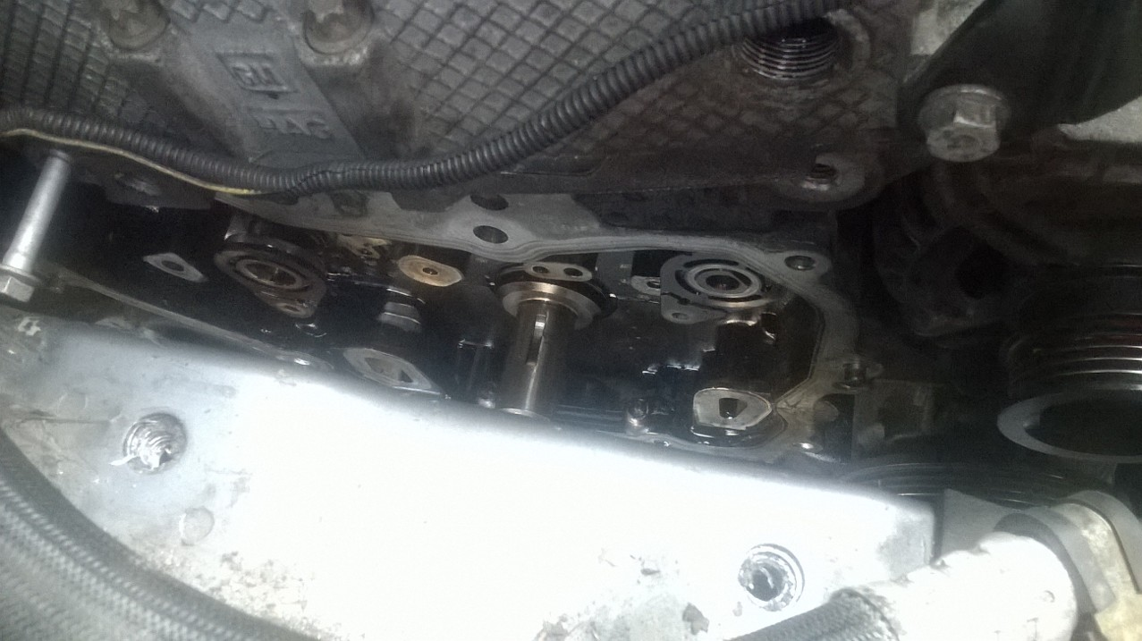 Stus Blog Vauaxhall Zafira B 22 16v Direct Timing Chain And Vauxhall Vectra Marks View From The Top With Air Filter Box Engine Mount Removed