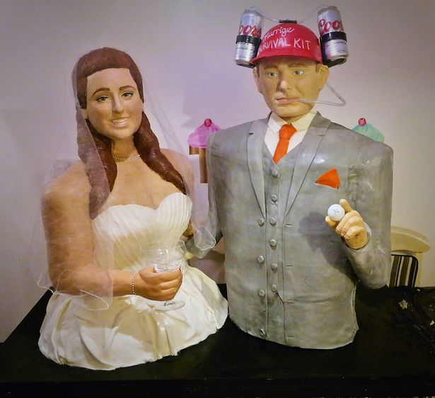 cake that look like couple wedding day