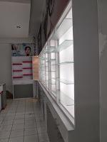 Etalase nempel dinding untuk toko optik - Semarang
