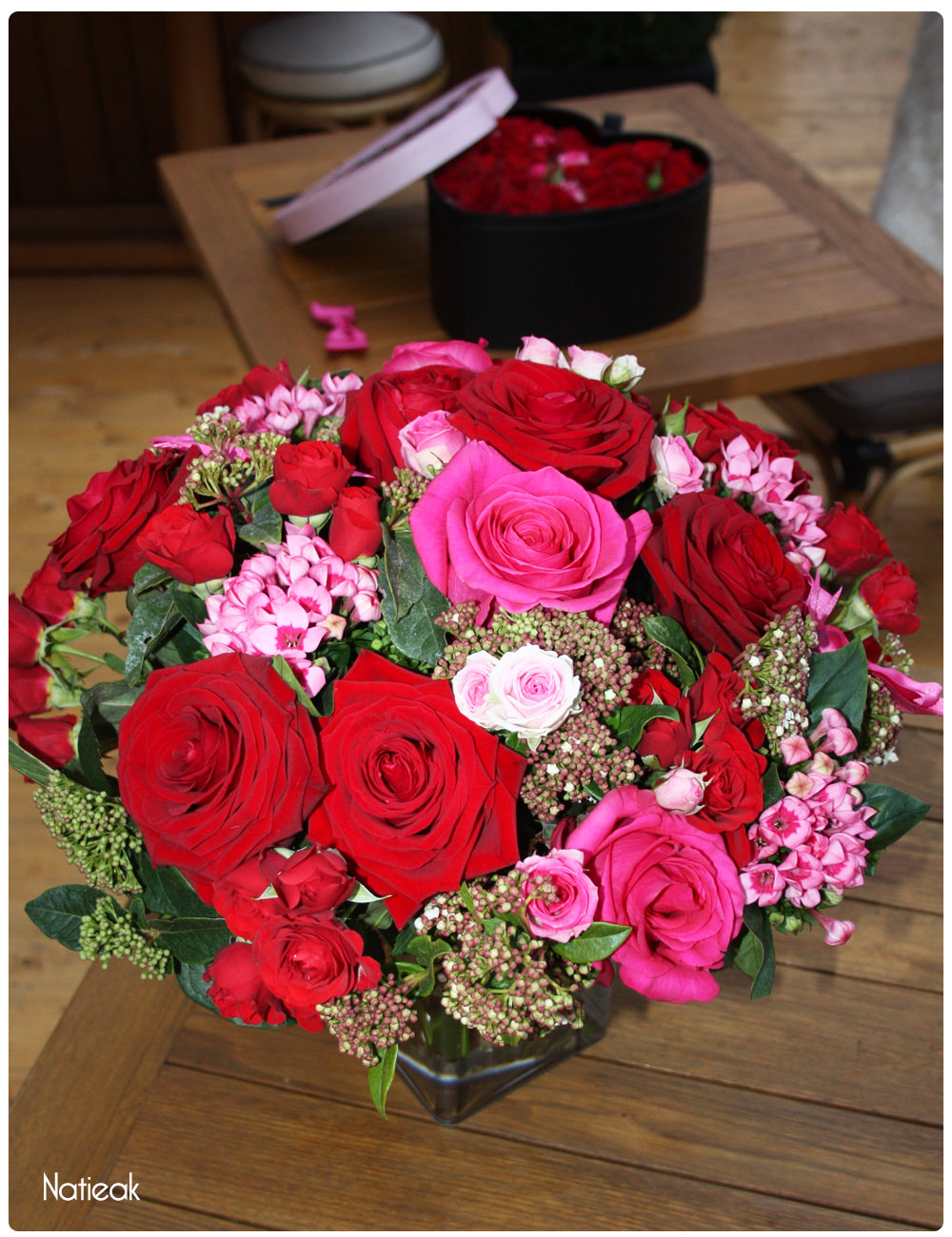 Bouquet l'Audacieuse d'Interflora et Chantal Thomass Saint-Valentin