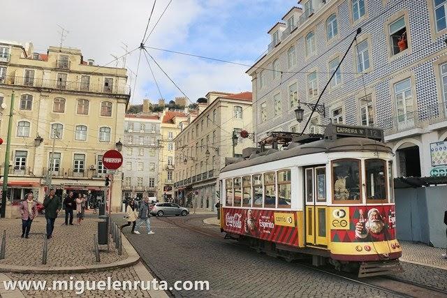 Paseo-a-pie-por-Lisboa