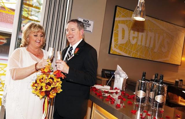Casamento Dennys Las Vegas