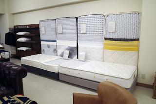 中身を暴かれた アンネル・東京スプリング・日本ベッド・シモンズ のベッドマット達