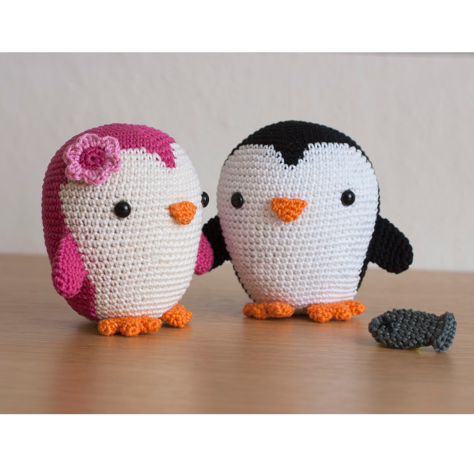 Crochet Pattern Free Penguin : Toy Patterns by DIY Fluffies : Penguin amigurumi crochet ...